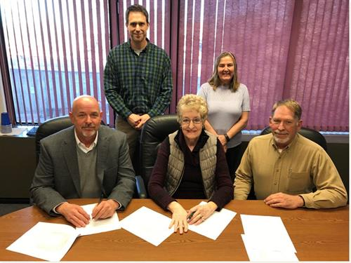 Photo of Lower Smoky Access District Signing